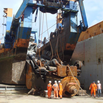 Dredger dry in the cargo hold