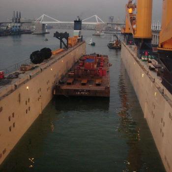 Flo-Flo loaded Barge